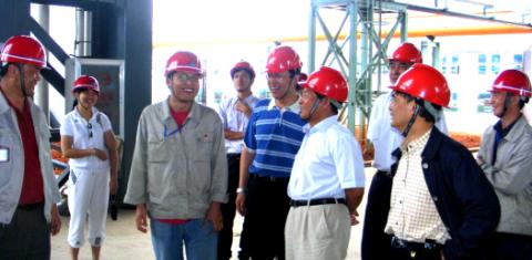 中国有色协会会长康义一行到武定钛业分公司调研